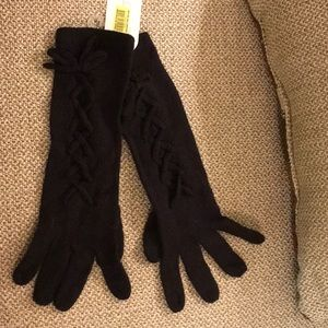Black knit gloves by Jessica Simpson - NWT